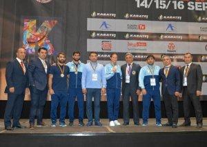 Karateçilərimiz Berlində medallar qazanıb