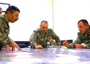 Azərbaycan Ordusunun təlimləri zamanı qoşunlarda döyüşə hazırlıq tədbirləri aparılır