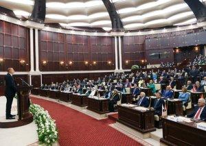 Milli Məclisdə Azərbaycan parlamentinin 100 illiyi qeyd olundu
