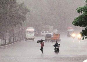 Hindistanda leysan yağışlar nəticəsində ən azı 11 nəfər həlak olub
