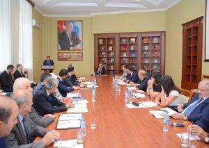 UNEC-də imtahan prosesi təkmilləşdirilir