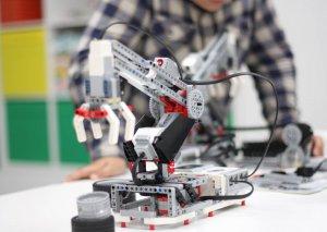Sabah Azərbaycanda II Robot Olimpiadası keçiriləcək