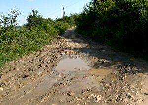 Ağsuda 15 km-lik avtomobil yolu yenidən qurulur