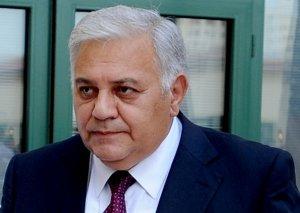 Oqtay Əsədov rusiyalı həmkarı ilə yeni komissiyaların yaradılmasını müzakirə edib