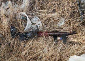 Badamdarda istifadəyə yararlı silah aşkarlanıb