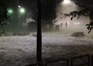 Romada dolu və yağışa görə metronun bəzi stansiyalarını su basıb