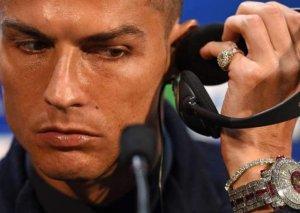 Ronaldo 2 milyon avroluq saat taxdı