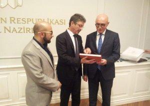 ADA Venesiya universiteti ilə anlaşma memorandumu imzalayıb