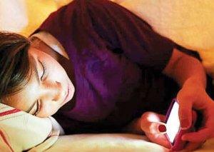 Mobil telefon şüası qaraciyər və ürək xərçənginə səbəb olur