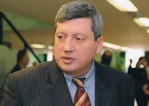 Sabiq XİN rəhbəri Ukraynadakı diplomatlarımızın pul davasından danışdı