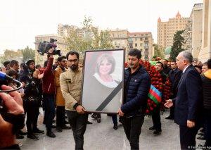 Xalq artisti Amaliya Pənahova dəfn olunub