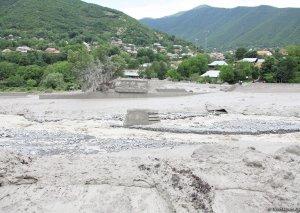 ETSN: Lənkəran-Astara zonasında yağış intensiv və güclü olub, 4 çayda sel müşahidə olunub