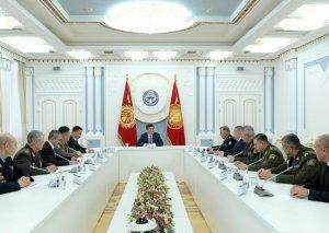 Qırğızıstan Prezidenti MDB Sərhəd Qoşunları Komandanları Şurasının 80-ci iclasının iştirakçılarını qəbul edib