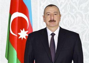 """Prezident İlham Əliyev Minskdə """"Qələbə"""" meydanını ziyarət edib"""