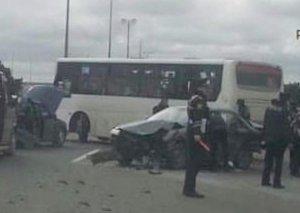 Bakıda marşrut avtobusu qəza törətdi, 3 nəfər xəstəxanaya yerləşdirildi