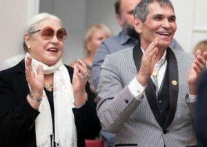 Məşhur prodüser aktrisa ilə evləndi