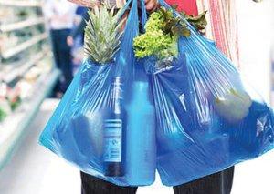 Sellofan torbalardan imtina edirik: bəs sintetik geyimlər?