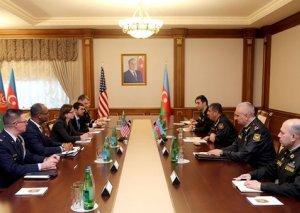 Azərbaycan ilə ABŞ arasında hərbi-texniki əməkdaşlığın genişləndirilməsi məsələləri müzakirə edilib