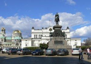 Bolqarıstan əhalisinin 18 faizi özünü dindar hesab edir