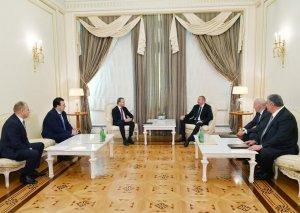 Azərbaycan Prezidenti Beynəlxalq Şahmat Federasiyasının prezidentini qəbul edib