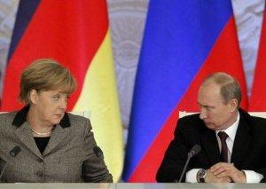 Putin və Merkel dünyanın əsas problemlərini müzakirə etdi