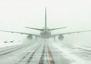Moskva hava limanlarında 50-ə yaxın reys təxirə salınıb və ləğv edilib