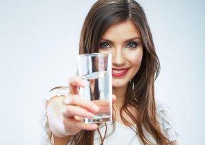 Çox su içmək yox, doğru vaxtda içmək lazımdır -