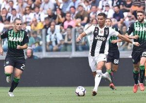 """Ronaldo """"Globe Soccer Awards""""un versiyasına görə 2018-ci ilin ən yaxşı futbolçusu seçilib"""