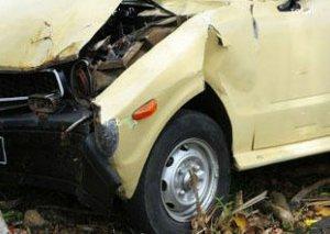 Tovuzda iki avtomobil toqquşdu, 2 nəfər ağır yaralandı
