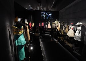 """Londonda """"Dior""""un sərgisi açılacaq"""