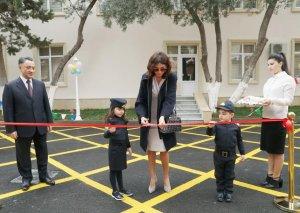 Birinci vitse-prezident Mehriban Əliyeva Bakıda yeni inşa olunmuş 6 saylı uşaq bağçasının açılışında iştirak edib