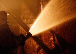 Moskvanın mərkəzində yanan evdən 17 nəfər təxliyə olunub