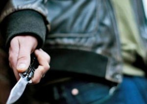 Gəncədə 16 yaşlı qızın bıçaqlanması ilə bağlı cinayət işi başlandı