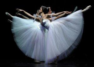 Ukraynanın prima-balerinası Bakıya gəlir