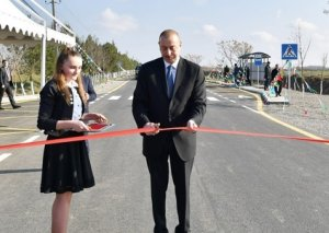 Prezident Mingəçevir-Stansiya Mingəçevir-Bəhrəmtəpə-Beyləqan avtomobil yolunun açılışında iştirak edib