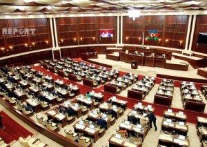 Milli Məclisin növbəti plenar iclasının vaxtı dəyişdirilib
