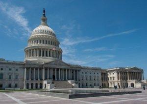 ABŞ Senatı yeni şatdaunun qarşısını almaq üçün dövlət büdcəsini təsdiqləyib
