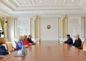 Prezident İlham Əliyev Böyük Britaniyanın Baş nazirinin Azərbaycan üzrə ticarət elçisini qəbul edib