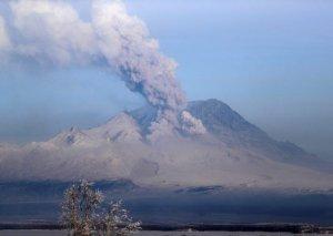 Ebeko vulkanı 3,6 km hündürlüyə tüstü püskürüb