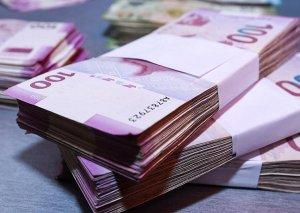 Azərbaycan əhalisinin banklardakı pulu 8 milyard manatı ötüb
