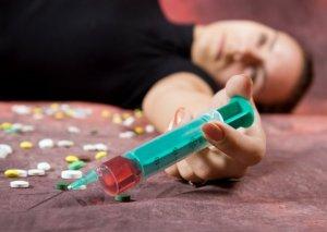 Ölkədə narkoman qadınların SAYI açıqlandı