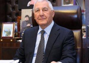 İcra başçısı konserv zavodunun 150 səhmdarını çölə atdırıb
