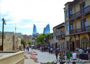 Azərbaycan beynəlxalq statuslu turist bələdçiləri hazırlayacaq