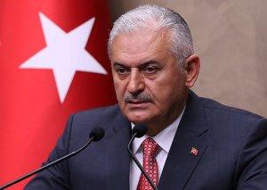 Sabiq baş nazir: Qanunu pozmağa çalışan suriyalı qaçqınlar Türkiyədən deportasiya olunacaq