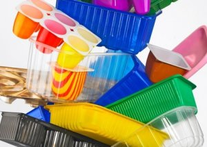 Avropada 2021-ci ildən plastik qabların istifadəsi qadağan ediləcək
