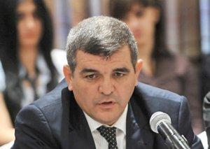 Fazil Mustafa: Vergi ödəyiciləri, borcların ödənilməsi, satınalmalarla bağlı ciddi problemlər var