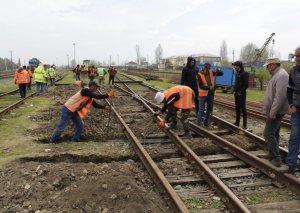Astara stansiyasının yolları və yoldəyişənləri əsaslı təmir olunur
