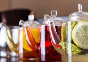 Daha sağlam yaşamaq üçü 6 bitki çayı