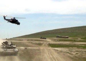 Azərbaycan-Türkiyə birgə döyüş atışlı taktiki təlimləri davam edir
