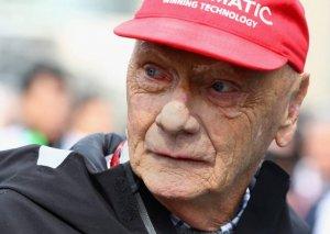 Formula 1-in üçqat çempionu Niki Lauda vəfat edib